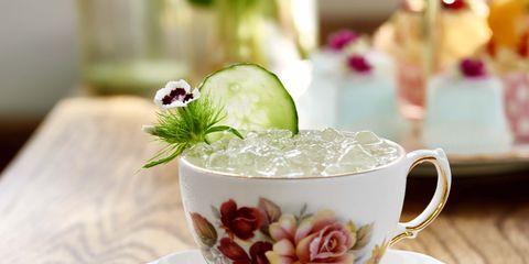 Serveware, Dishware, Cup, Drinkware, Coffee cup, Porcelain, Teacup, Saucer, Tableware, Ceramic,