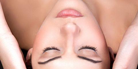 Finger, Lip, Skin, Eyebrow, Eyelash, Style, Nail, Liquid, Organ, Beauty,