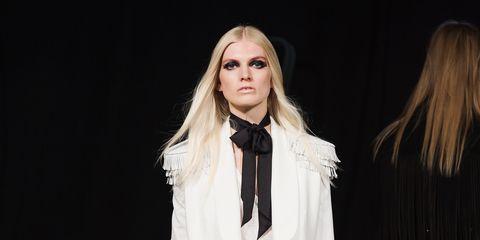 Human body, Fashion show, Outerwear, Runway, Style, Fashion model, Fashion, Blazer, Beauty, Blond,