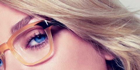 Face, Nose, Mouth, Lip, Hairstyle, Chin, Eyelash, Eyebrow, Style, Eye shadow,