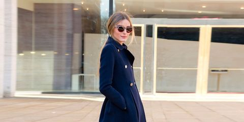 Clothing, Sleeve, Coat, Textile, Collar, Outerwear, Sunglasses, Style, Street fashion, Knee,
