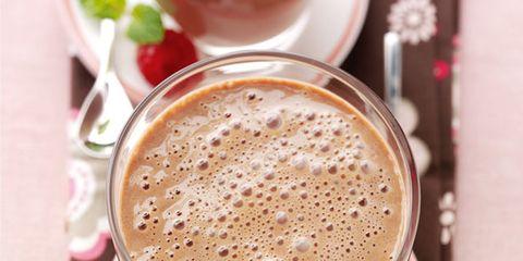 Serveware, Drinkware, Drink, Liquid, Tableware, Cup, Dishware, Coffee, Ingredient, Single-origin coffee,