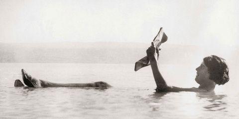 Fluid, Liquid, Bathing, Marine mammal, Painting, Wind wave,