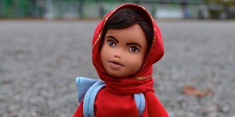 Lip, Toy, Red, Organ, Carmine, Doll, Maroon, Close-up, Figurine, Coquelicot,