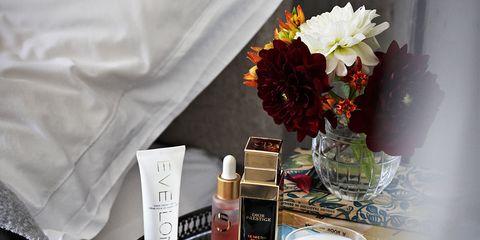 Fluid, Liquid, Bouquet, Petal, Serveware, Cut flowers, Artificial flower, Flower Arranging, Peach, Centrepiece,