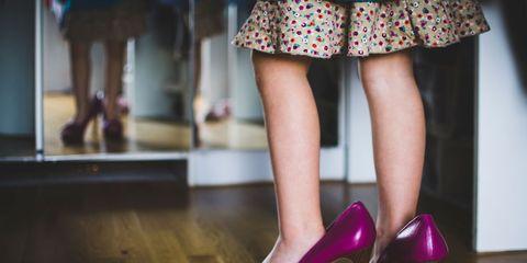 Human leg, Shoe, Pink, High heels, Style, Purple, Fashion, Basic pump, Street fashion, Sandal,