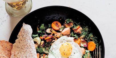 Food, Cuisine, Ingredient, Meal, Fried egg, Egg yolk, Dish, Tableware, Recipe, Breakfast,