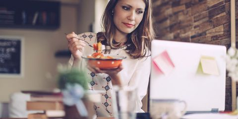Serveware, Tableware, Dishware, Porcelain, Cocktail, Fruit, Kitchen utensil, Eye liner, Portrait photography, Taste,