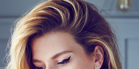 Hair, Face, Hairstyle, Eyebrow, Blond, Chin, Beauty, Hair coloring, Layered hair, Lip,