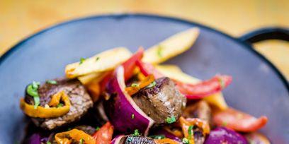 Food, Dishware, Recipe, Plate, Ingredient, Serveware, Finger food, Dish, Produce, Vegetable,