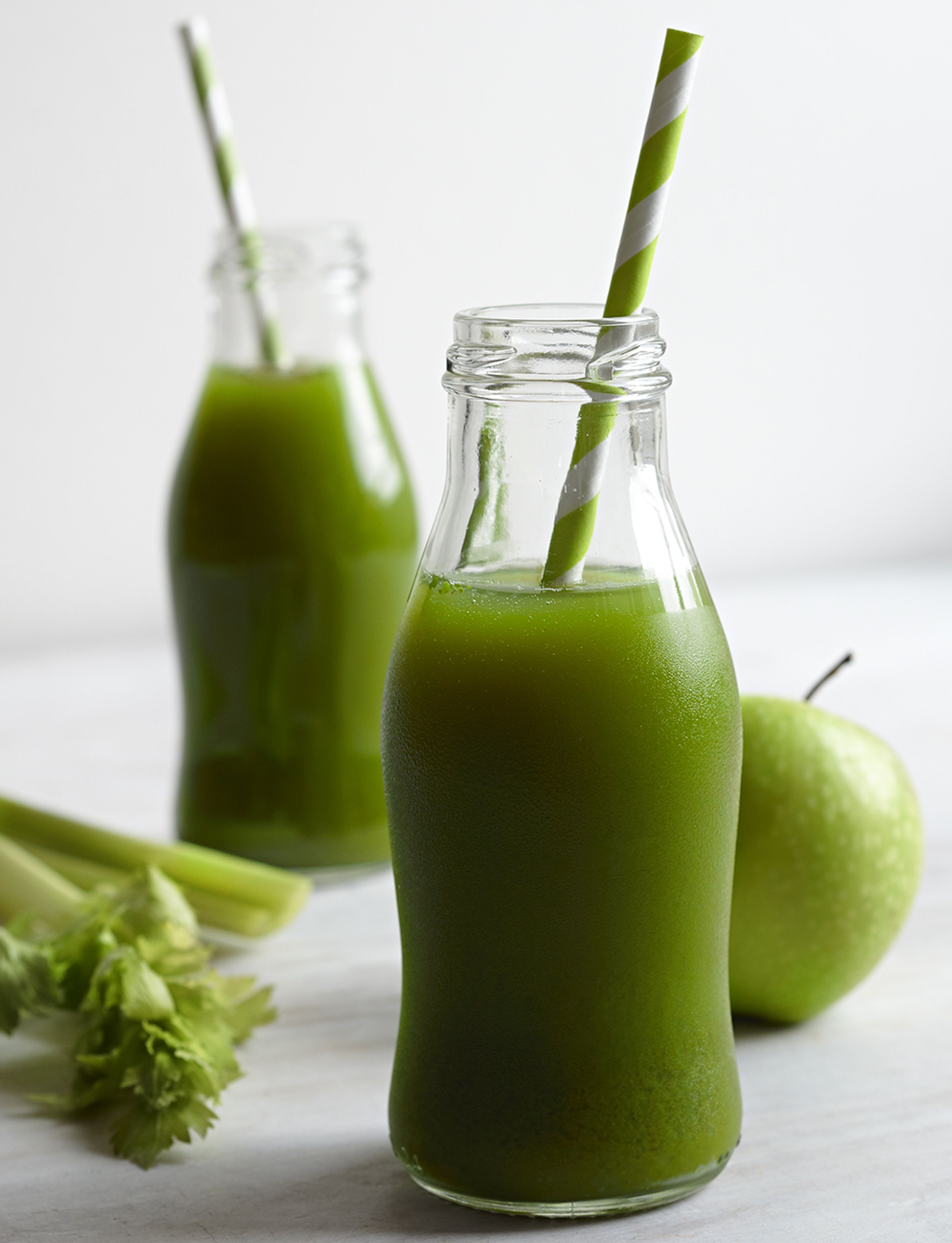 How to make the sirtfood diets green juice food recipes red how to make the sirtfood diets green juice food recipes red online forumfinder Choice Image
