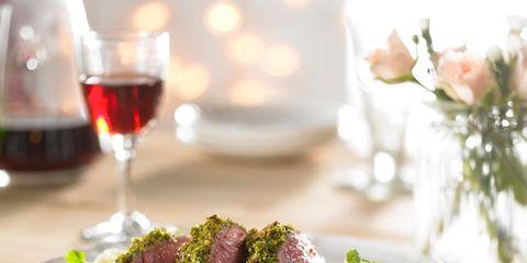 Dishware, Glass, Serveware, Food, Stemware, Drinkware, Tableware, Barware, Drink, Red wine,