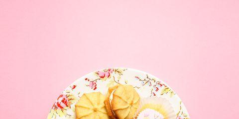 Finger food, Cuisine, Sweetness, Food, Biscuit, Dessert, Baked goods, Cookies and crackers, Ingredient, Cookie,