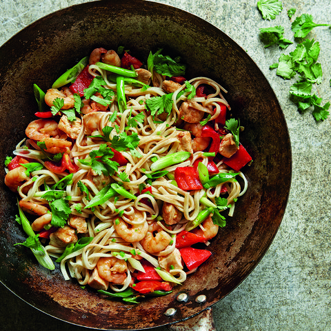 Itsu's chilli prawn and chicken stir-fry recipe