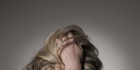 Hairstyle, Shoulder, Elbow, Joint, Back, Wrist, Neck, Long hair, Muscle, Blond,