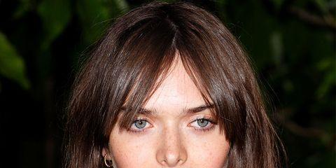 Hair, Lip, Hairstyle, Collar, Chin, Style, Eyelash, Beauty, Black hair, Street fashion,