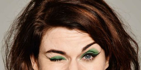 Clothing, Nose, Mouth, Lip, Cheek, Hairstyle, Eye, Sleeve, Green, Chin,