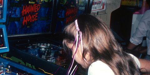 Electronic device, Technology, Electronic instrument, Electronics, Machine, Games, Pinball, Arcade game, Musical keyboard, Electronic musical instrument,