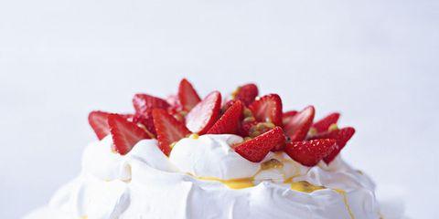 Food, Sweetness, Dessert, Fruit, Ingredient, White, Cake, Strawberry, Strawberries, Garnish,