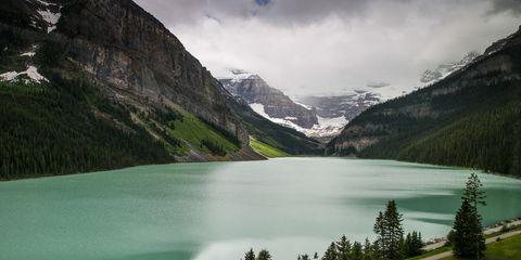 Mountain, Mountainous landforms, Nature, Body of water, Natural landscape, Highland, Lake, Wilderness, Sky, Glacial lake,