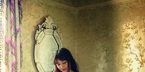 Interior design, Abdomen, Navel, Trunk, Model, Thigh, Interior design, Stomach, Lingerie, Fashion model,