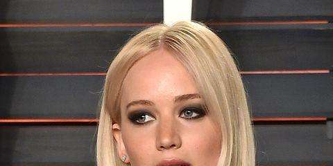 Hair, Face, Blond, Hairstyle, Chin, Eyebrow, Beauty, Layered hair, Lip, Long hair,