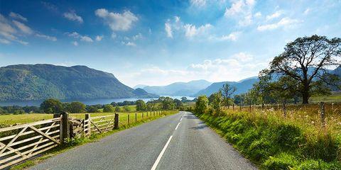 Road, Natural landscape, Highland, Nature, Sky, Mountain, Mountainous landforms, Natural environment, Wilderness, Asphalt,