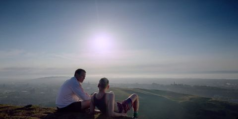 Atmosphere, People in nature, Horizon, Atmospheric phenomenon, Interaction, Sunlight, Honeymoon, Vacation, Love, Romance,