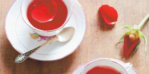 Serveware, Dishware, Drinkware, Coffee cup, Red, Tableware, Porcelain, Cup, Ingredient, Saucer,