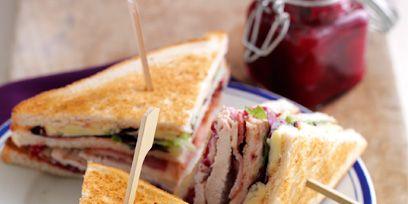 Food, Serveware, Sandwich, Dishware, Cuisine, Finger food, Plate, Pink, Tableware, Breakfast,