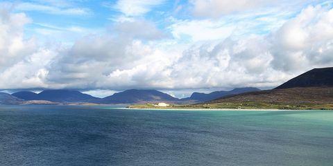 Body of water, Nature, Coastal and oceanic landforms, Blue, Mountainous landforms, Water resources, Cloud, Coast, Highland, Aqua,