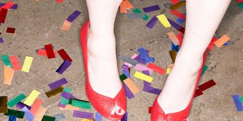 Colorfulness, Joint, Human leg, Toe, Foot, Nail, Ankle, Paper product, Nail polish, Sock,