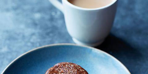 Serveware, Cup, Dishware, Drinkware, Coffee cup, Food, Ingredient, Tableware, Tea, Drink,