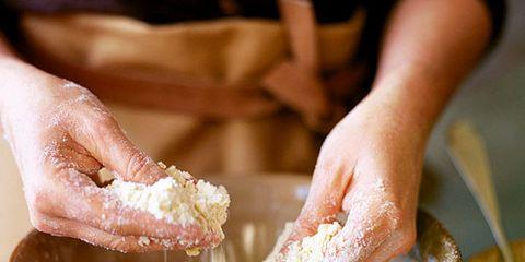Food, Ingredient, Hand, Flour, Cooking, All-purpose flour, Powder, Cuisine, Recipe, Nail,