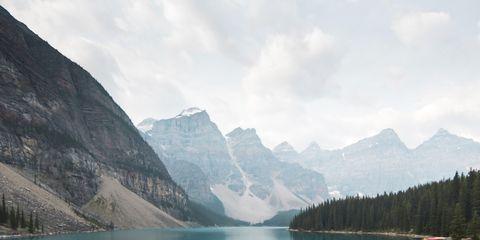Body of water, Mountainous landforms, Water resources, Water, Mountain range, Highland, Tarn, Valley, Mountain, Bank,