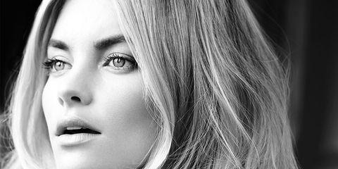 Lip, Mouth, Hairstyle, Eye, Eyebrow, Monochrome, Monochrome photography, Eyelash, Style, Beauty,