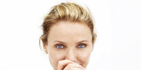 Finger, Lip, Hairstyle, Skin, Chin, Shoulder, Eyebrow, Eyelash, Joint, Wrist,