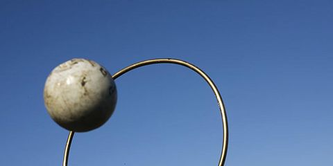 Human, Daytime, Public space, Pole, Crowd, World, Human settlement, Sphere, Spring, Circle,