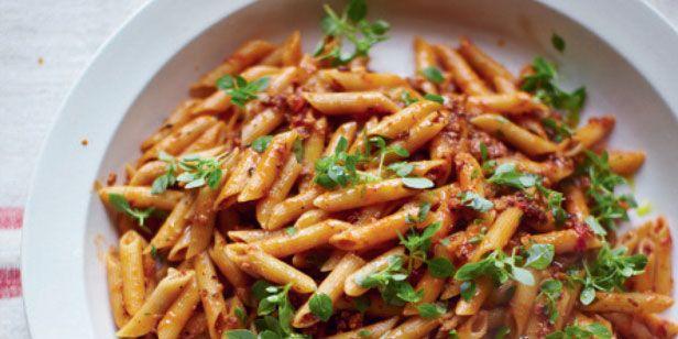 JoolsOliver pregnant pasta recipe