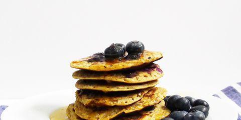 Food, Serveware, Finger food, Dishware, Ingredient, Plate, Cuisine, Tableware, Sweetness, Breakfast,