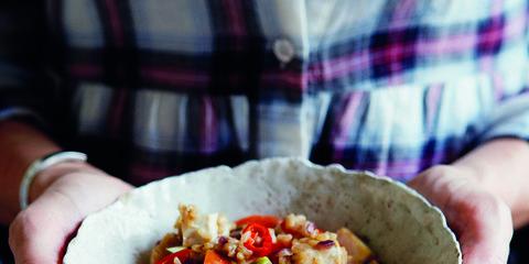Cuisine, Food, Recipe, Dish, Ingredient, Meal, Tartan, Fast food, Stuffing, Nail,