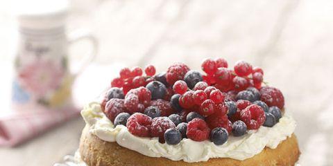Food, Serveware, Sweetness, Cuisine, Dishware, Ingredient, Fruit, Dessert, Baked goods, Dish,