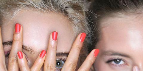Finger, Lip, Brown, Skin, Hairstyle, Eyebrow, Nail, Eyelash, Red, Style,