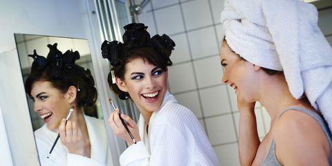 Nose, Smile, Mouth, Eye, Earrings, Happy, Fashion accessory, Eyelash, Beauty, Headgear,