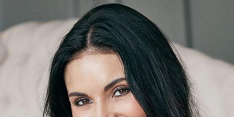 Lip, Smile, Hairstyle, Forehead, Eyebrow, Eyelash, Happy, Tooth, Facial expression, Black hair,