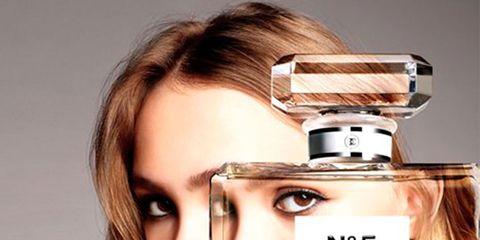 Lip, Brown, Eyebrow, Eyelash, Perfume, Beauty, Cosmetics, Brown hair, Blond, Hair care,