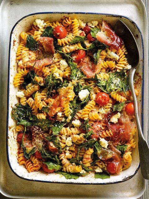 tomato, spinach and ricotta pasta bake