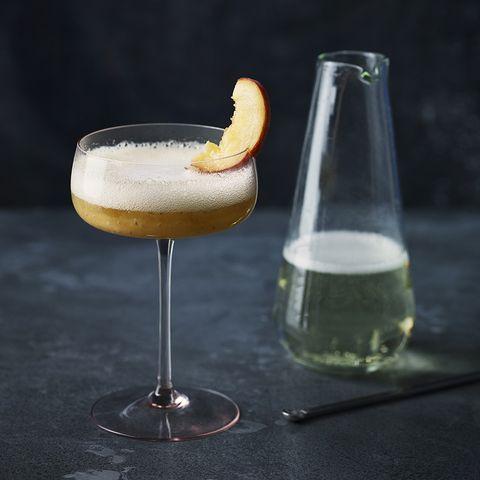 Liquid, Fluid, Drinkware, Glass, Drink, Barware, Alcoholic beverage, Tableware, Stemware, Cocktail,