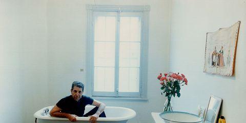 Plumbing fixture, Room, Comfort, Interior design, Tap, Interior design, Fixture, Sink, Picture frame, Plumbing,