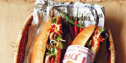 Food, Ingredient, Ketchup, Dish, Sandwich, Hot dog bun, Cuisine, Fast food, Breakfast, Baked goods,